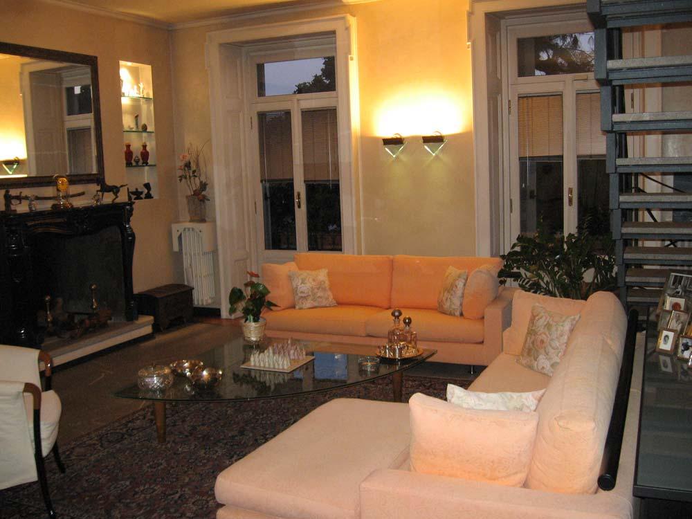 Design d 39 interni appartamento su due piani a monza for Appartamento a due piani