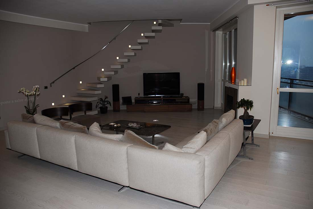 Attico a monza studio e progettazione for Interni di appartamenti