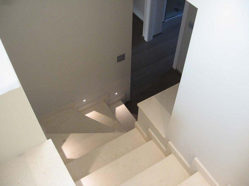 Architettura interni appartamento due piani