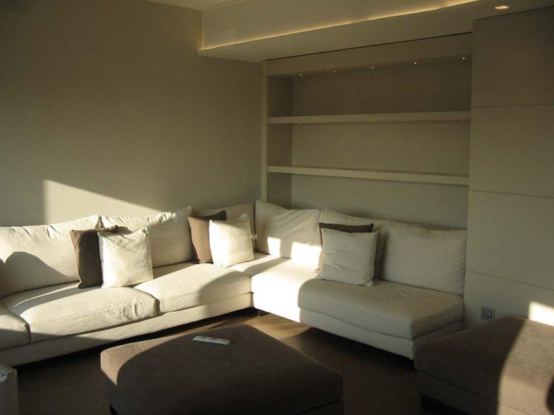 Architettura interni appartamento due piani milano