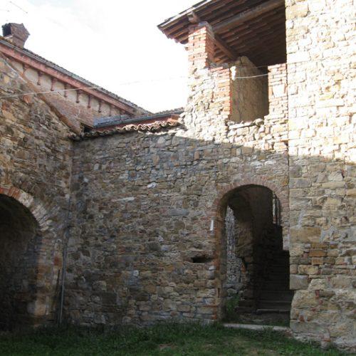 Castello di Monticello (PC)14