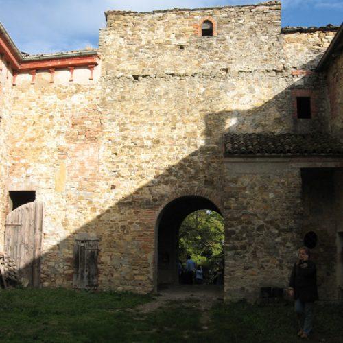 Castello di Monticello (PC)15