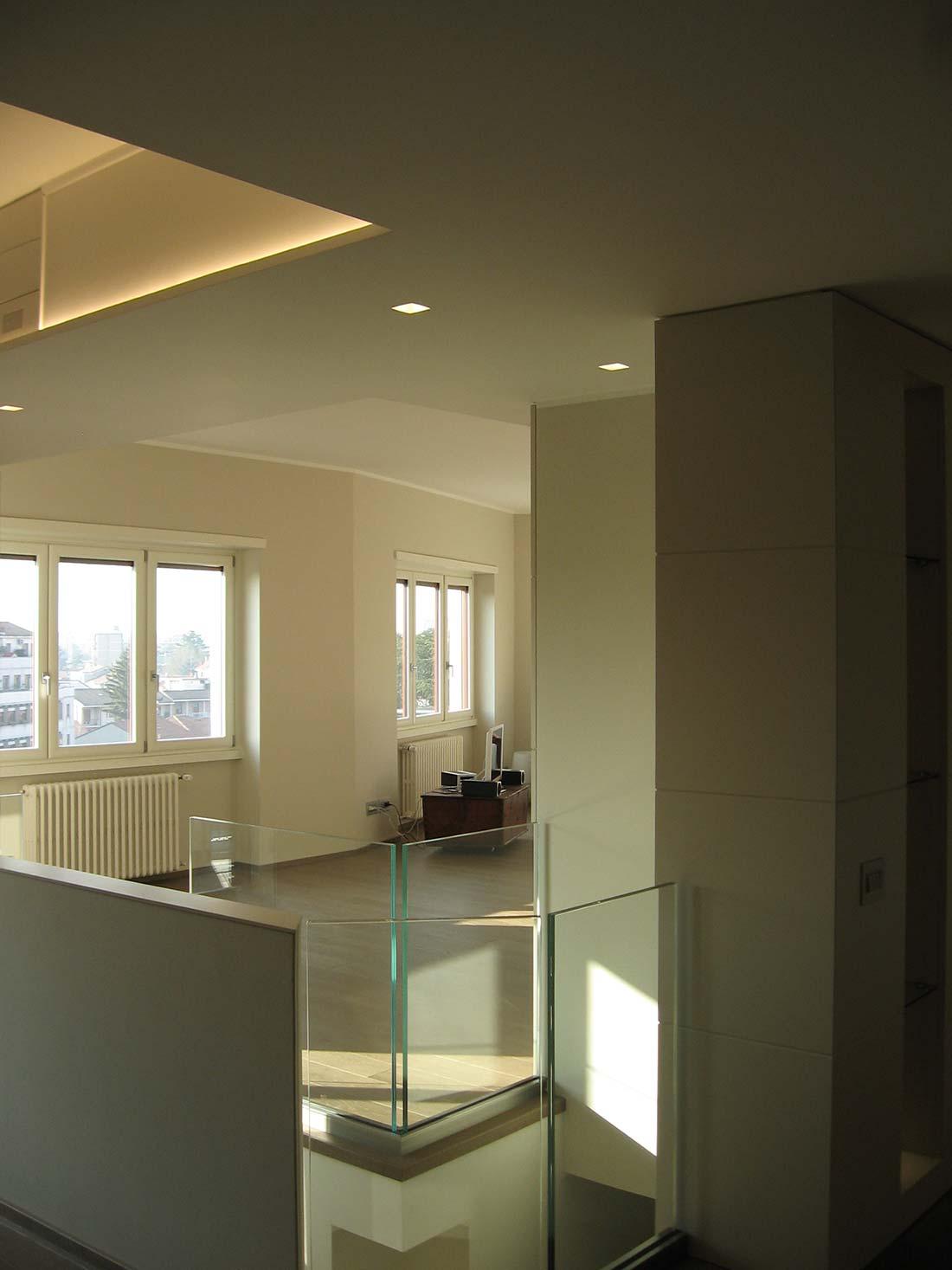 Appartamento su due piani for Appartamenti di design milano