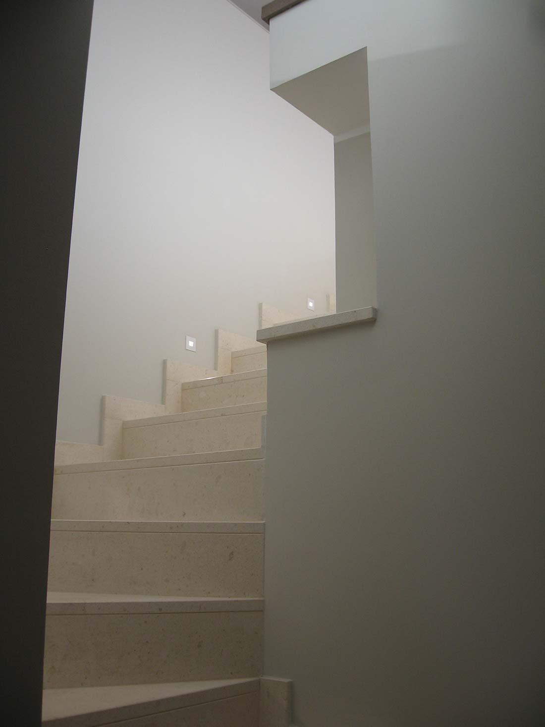 Progettazione appartamentp due piani milano cardin design for Piani a due piani in stile barndominio