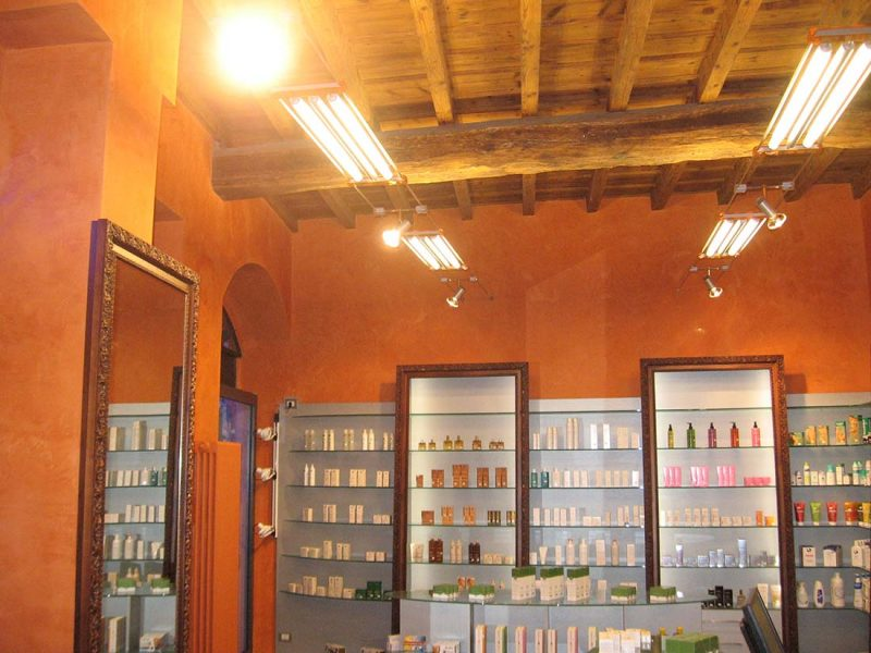design interni farmacia